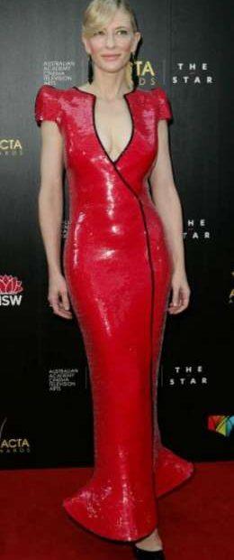 ¿Cuánto mide y cuánto pesa Cate Blanchett?
