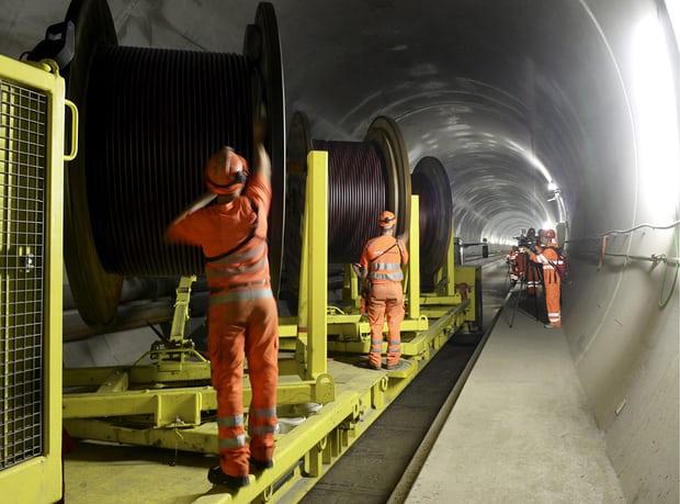 Il Tunnel Più Lungo del Mondo : il San Gottardo