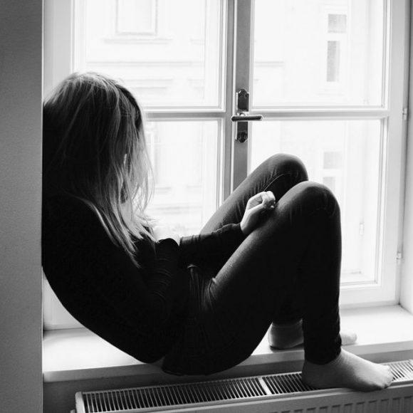 Depressione : cause e sintomi per riconoscerla