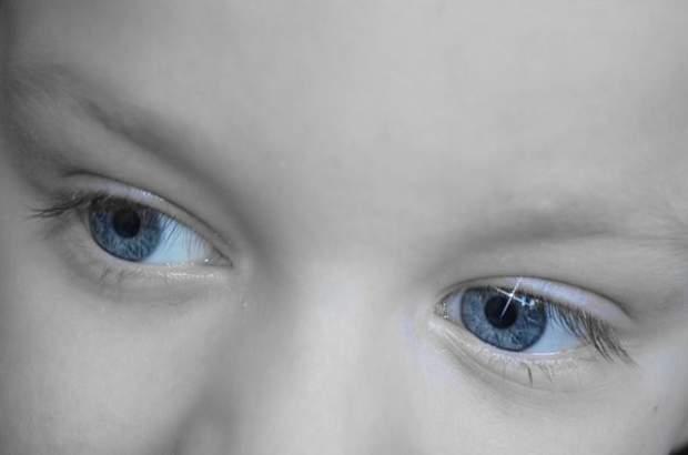 I Bambini nascono tutti con gli occhi blu?