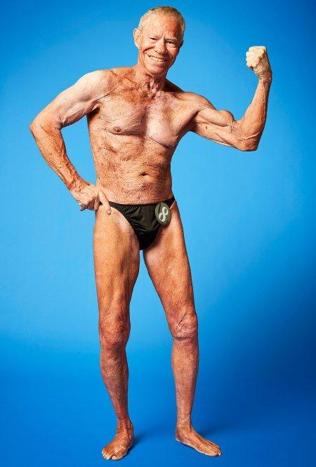 Il più vecchio bodybuilder professionista del mondo Jim Arrington 85 anni