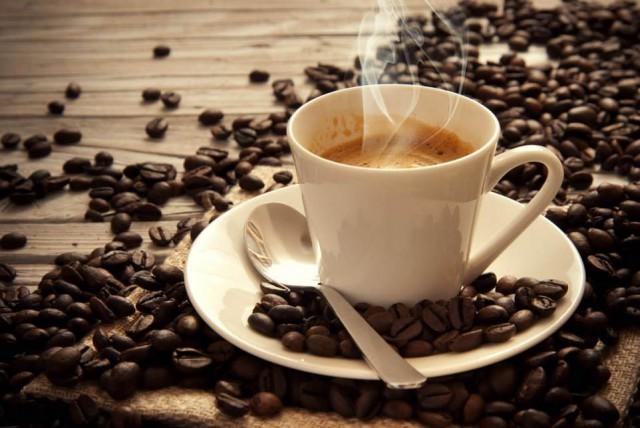 la caffeina può uccidere una persona -