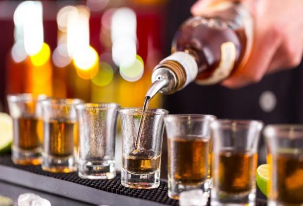 anche bere poco aumenta rischio cancro