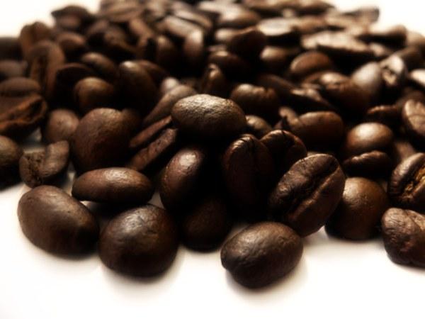 effetto protettivo caffeina malattie renali