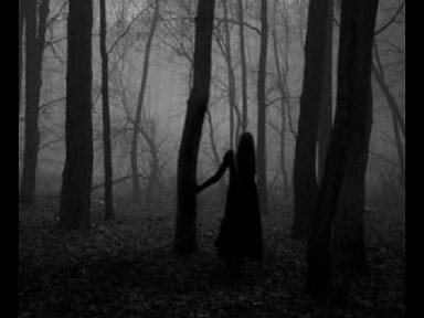 signora in nero fantasma
